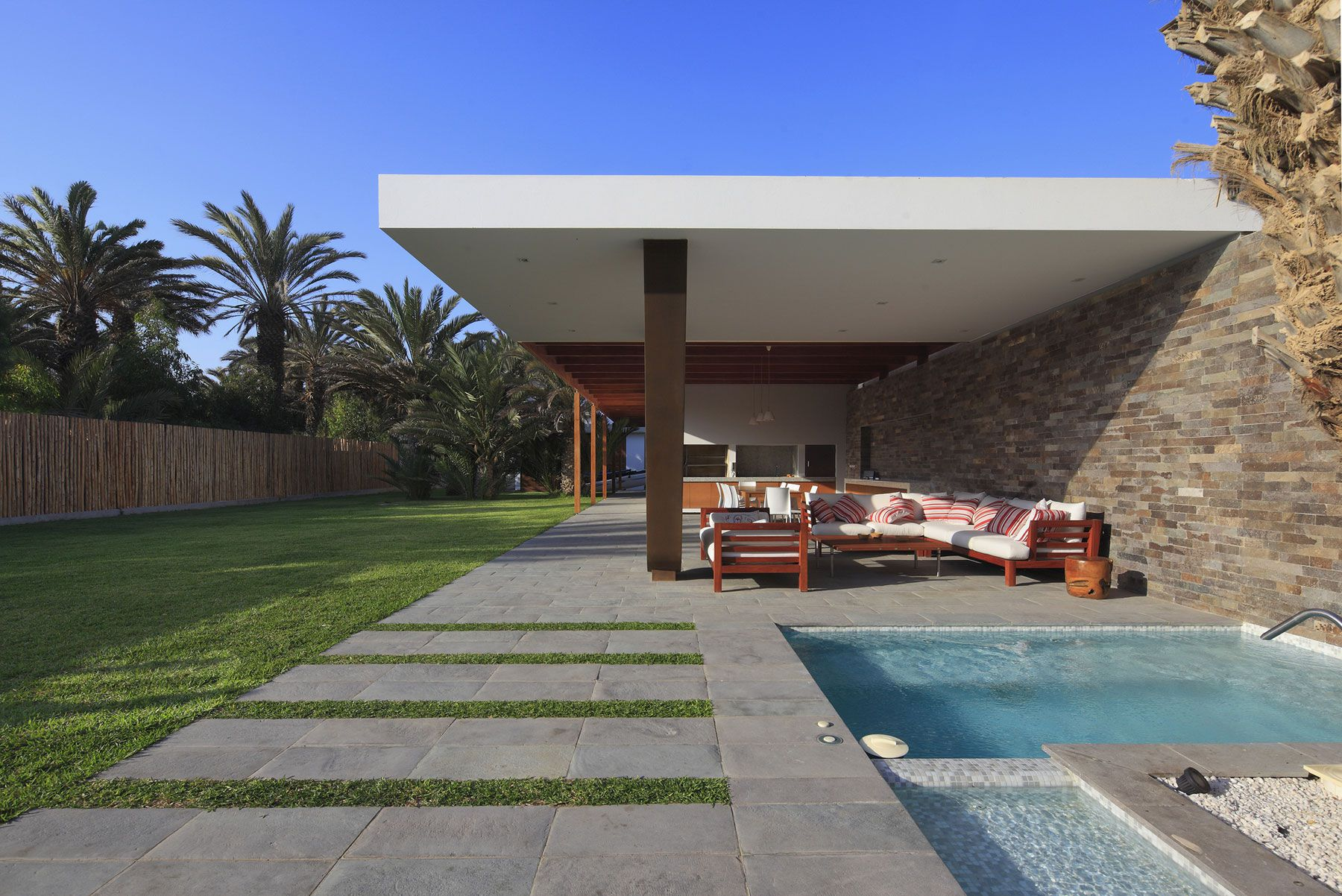 Mar de Luz House by Oscar Gonzalez Moix-07