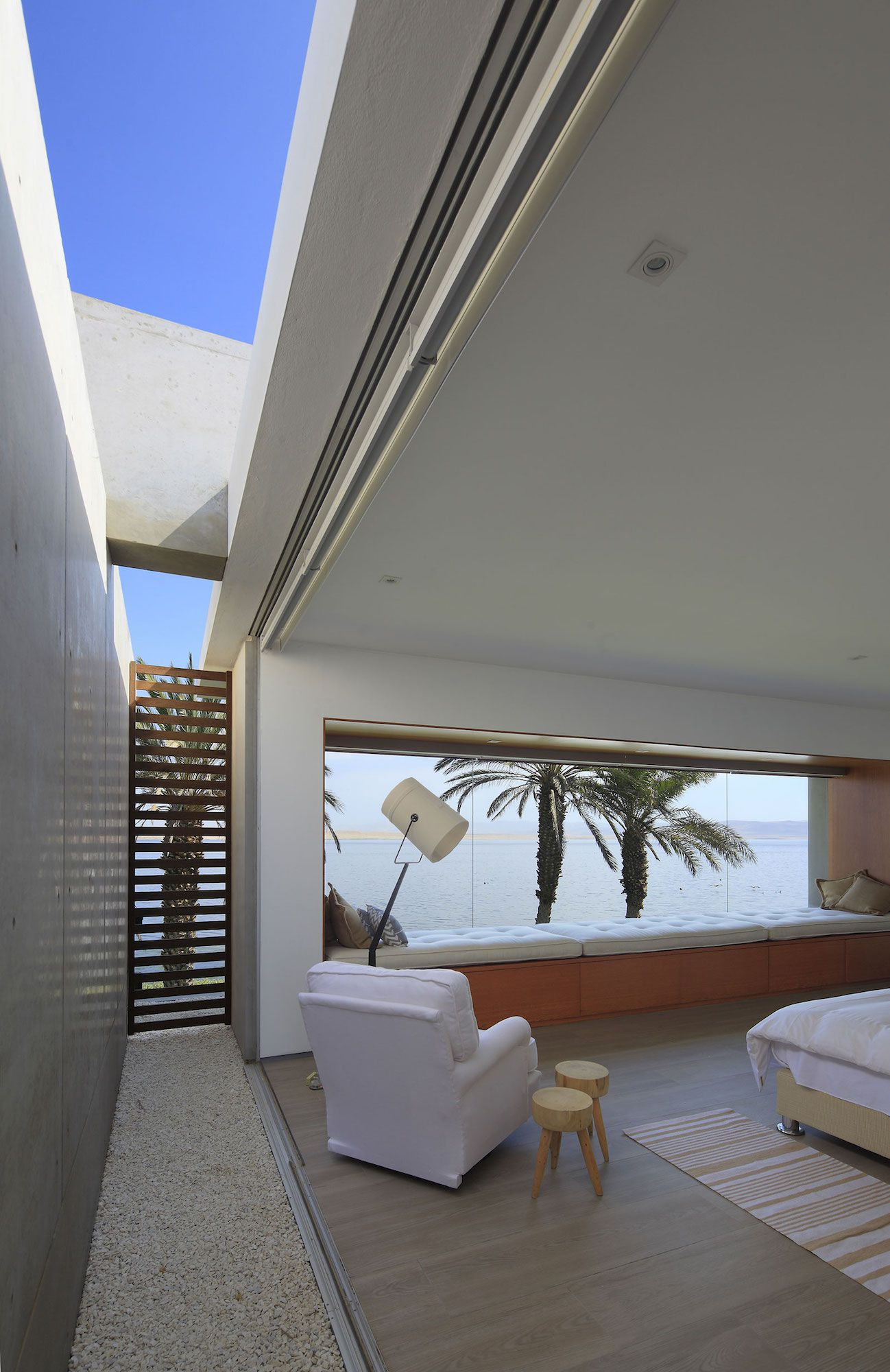 Mar de Luz House by Oscar Gonzalez Moix-13