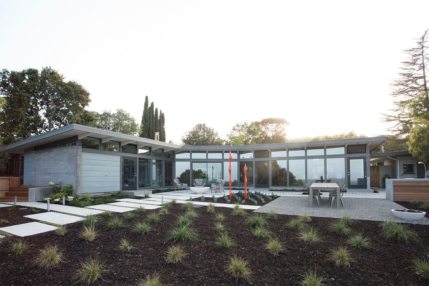 Mid-Century-Modern-View-House-Remodel-05