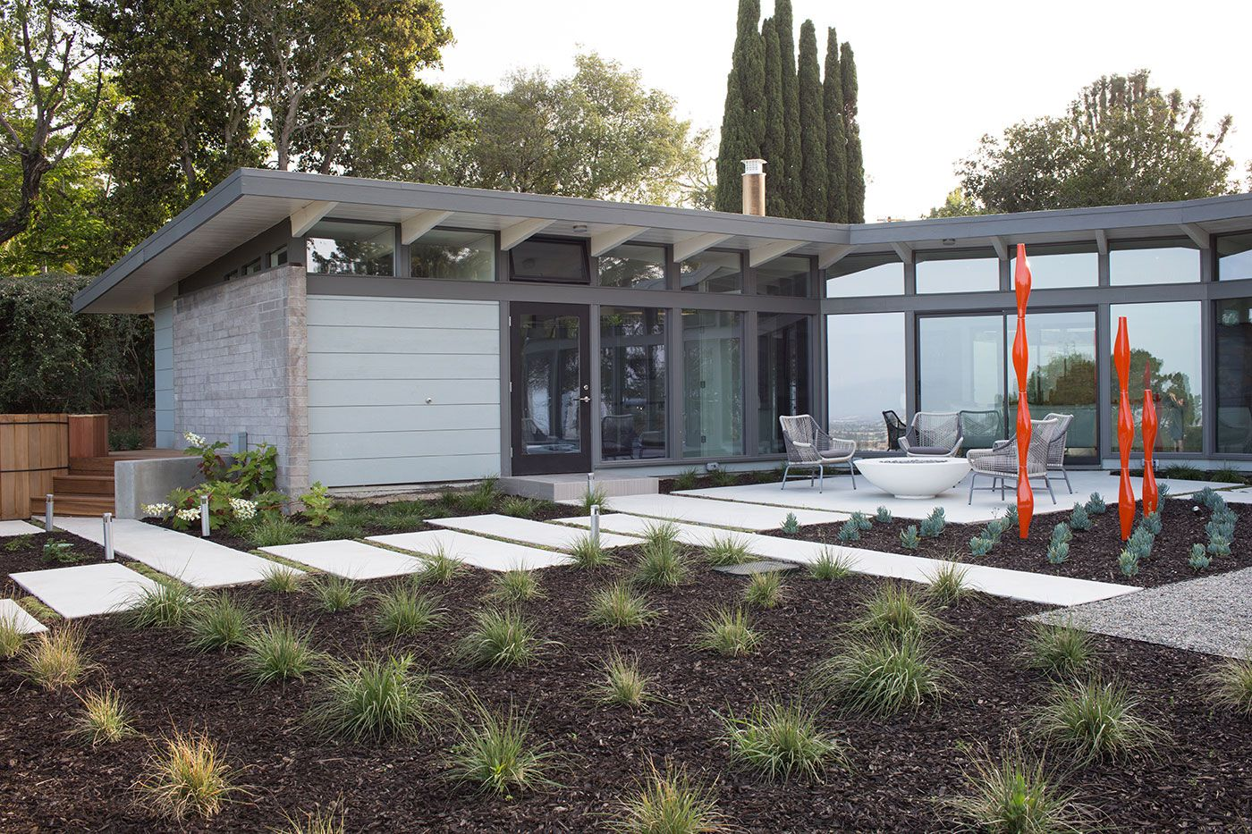 Mid-Century-Modern-View-House-Remodel-06