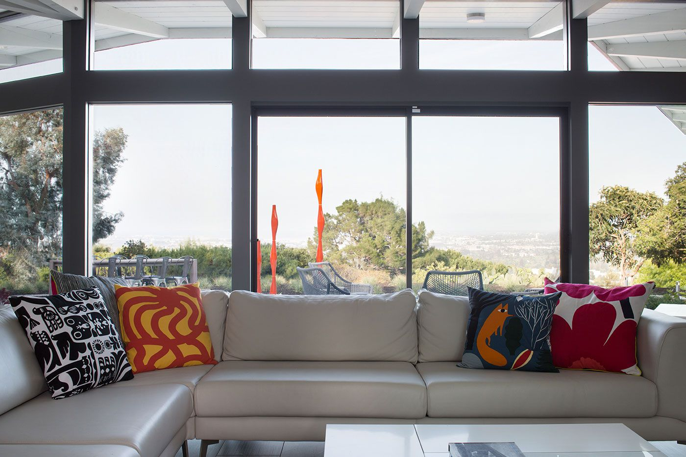 Mid-Century-Modern-View-House-Remodel-13