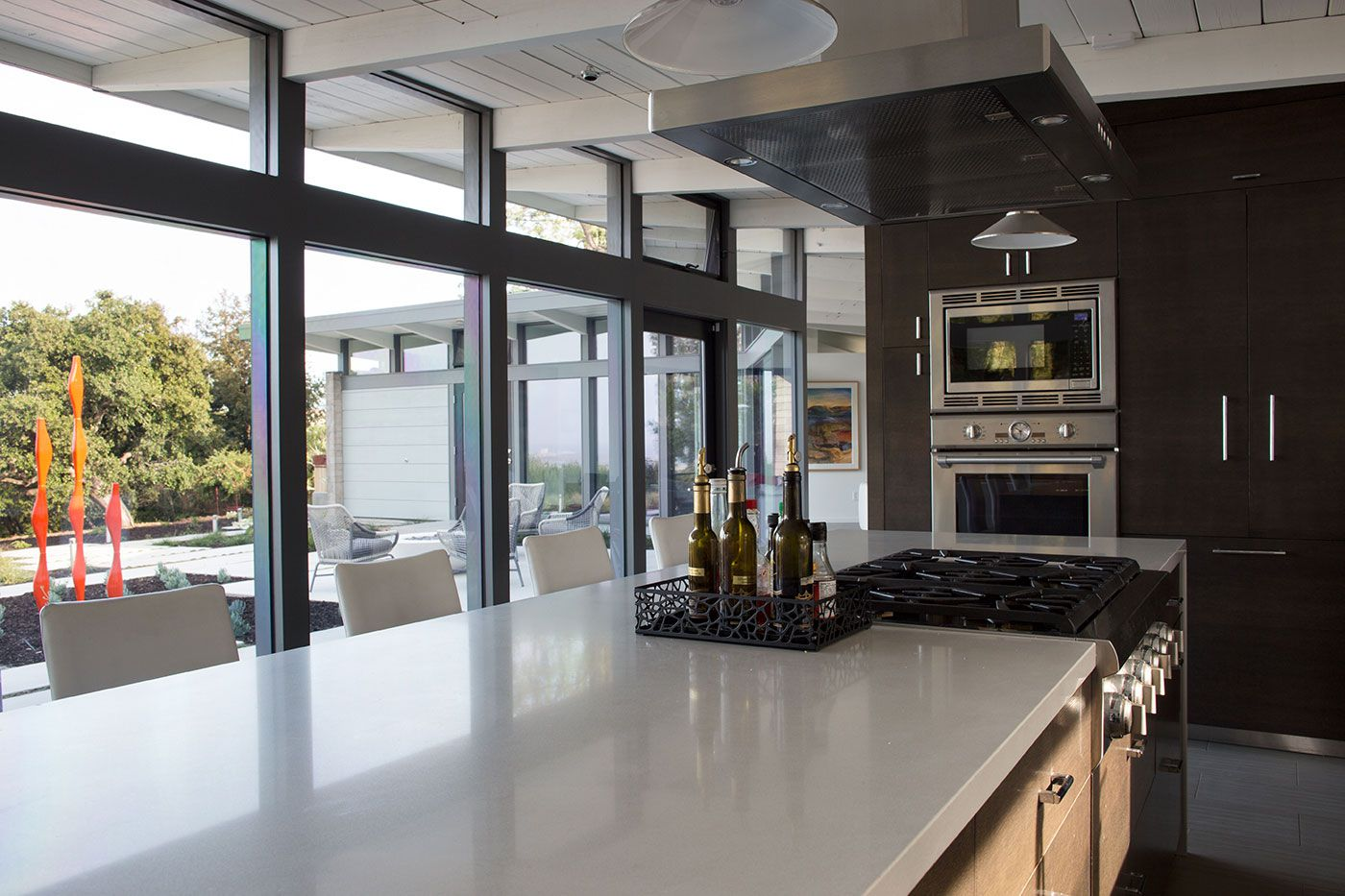 Mid-Century-Modern-View-House-Remodel-15