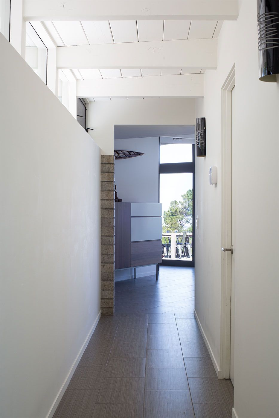 Mid-Century-Modern-View-House-Remodel-16