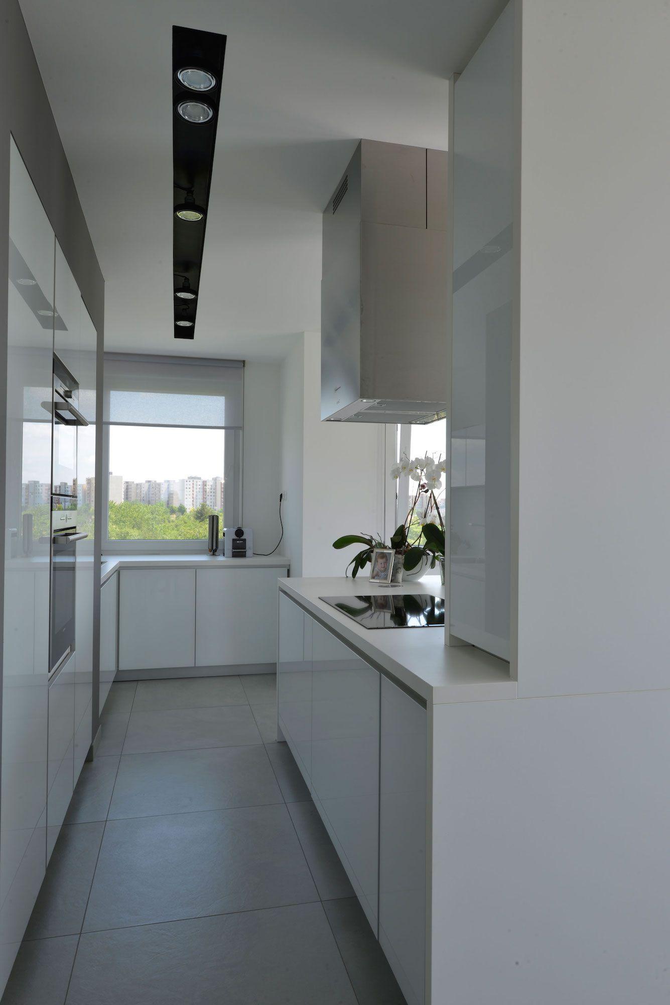 Minimalist-Penthouse-07