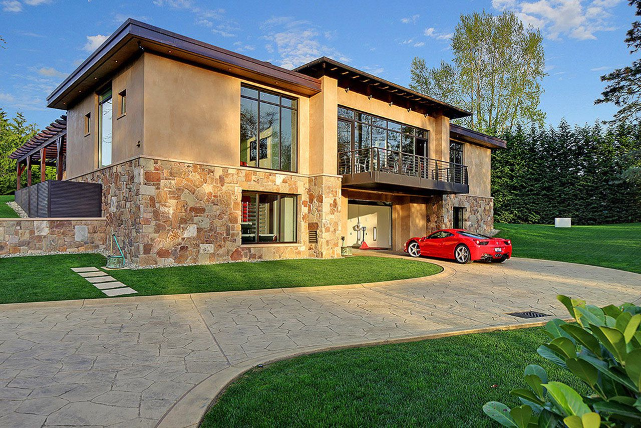 Modern Home Design Seen from a Fancy Car Addicted who has a 16-car garage-01