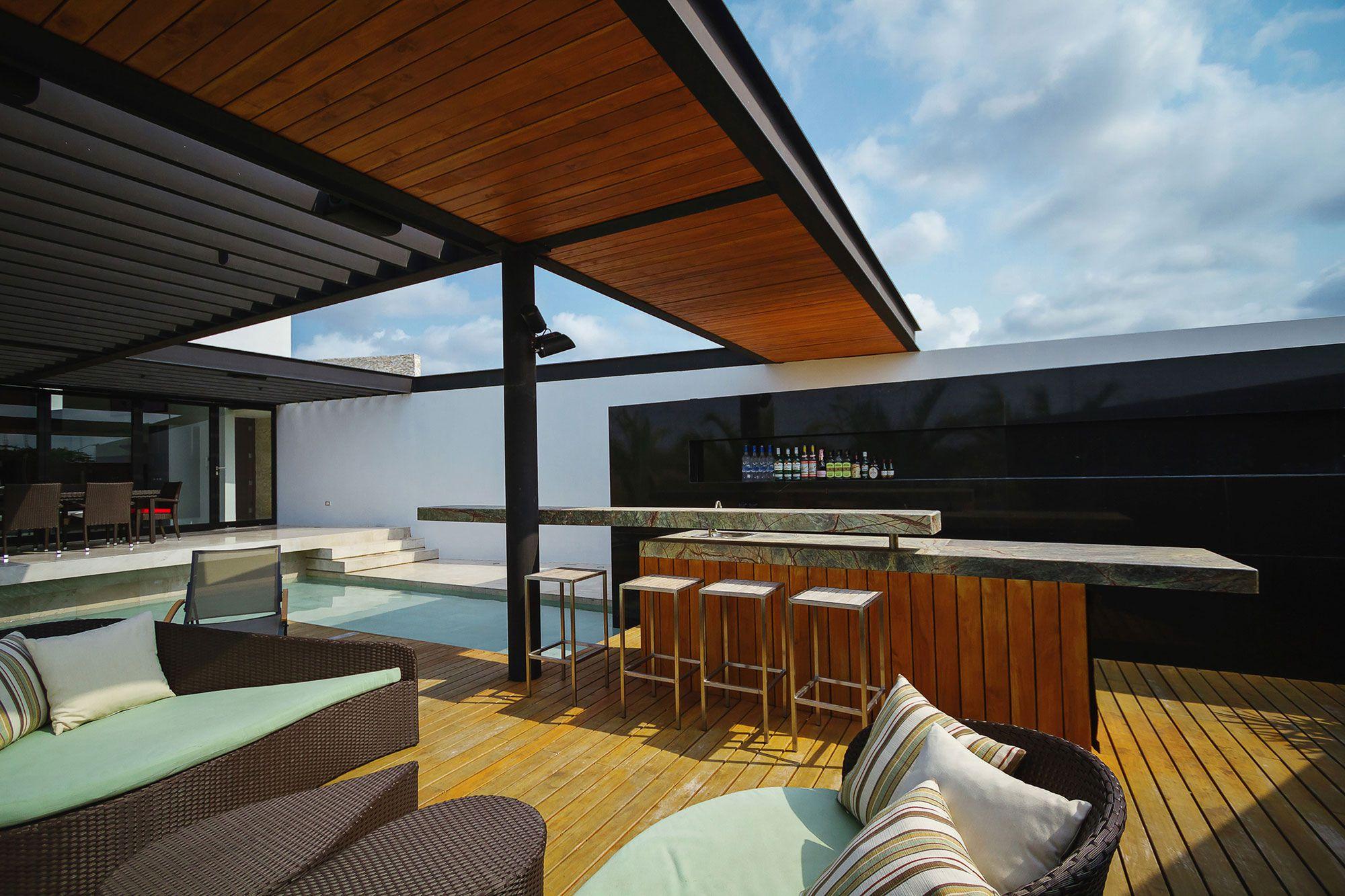 PL2 Luxury House-03