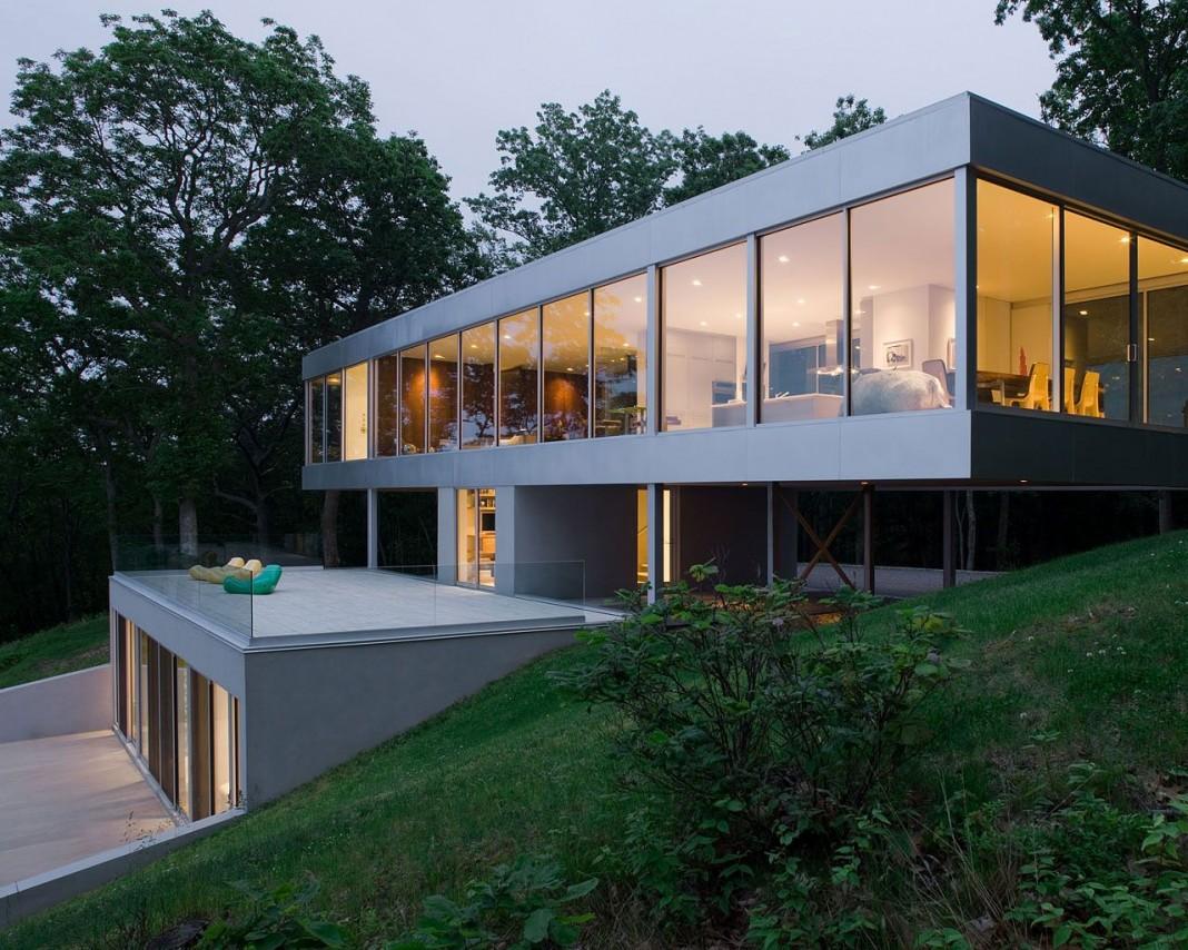 Parr Residence by Michael P Johnson & Stuart Parr Design