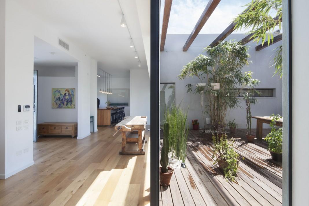 Fuks 34 by Henkin Shavit Architecture & Design