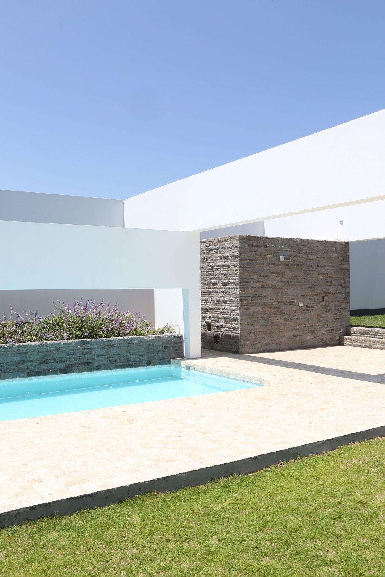 Patios-House-02