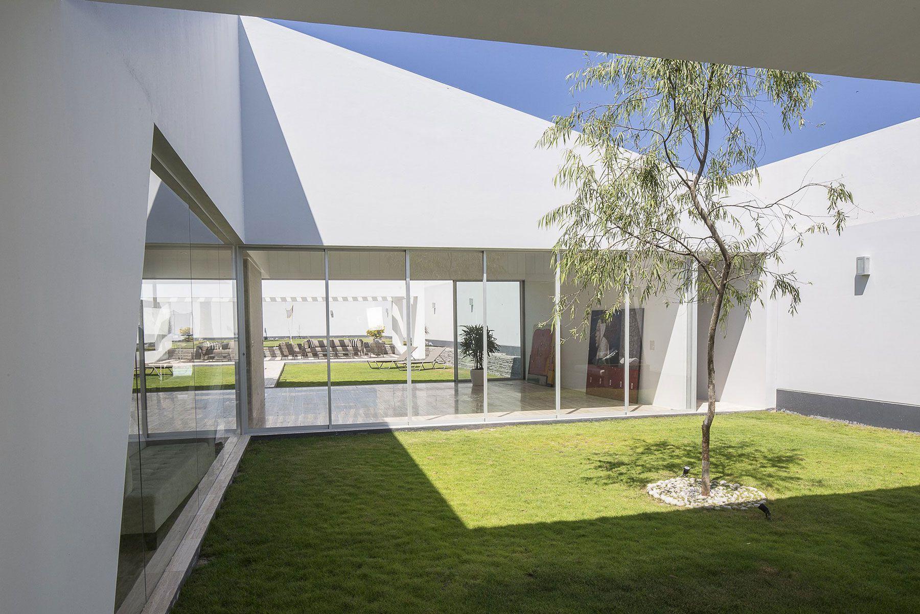 Patios-House-04