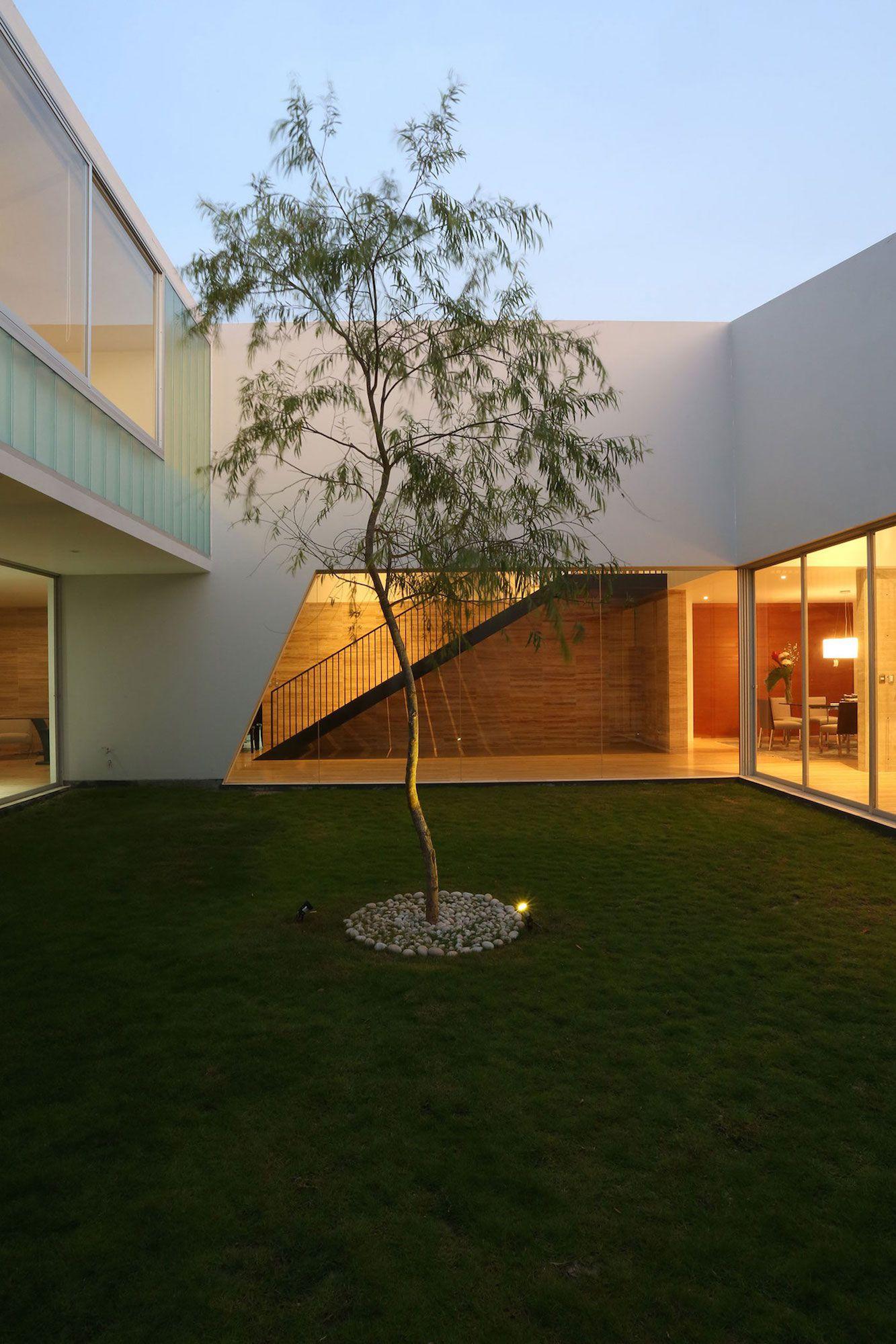 Patios-House-12