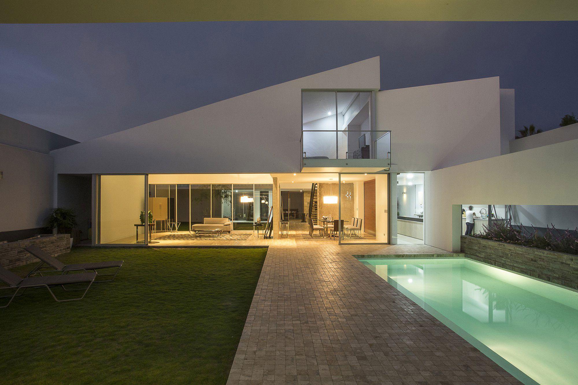 Patios-House-13