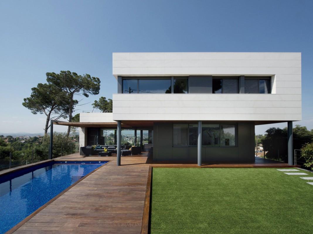 R House by Artigas Arquitectes
