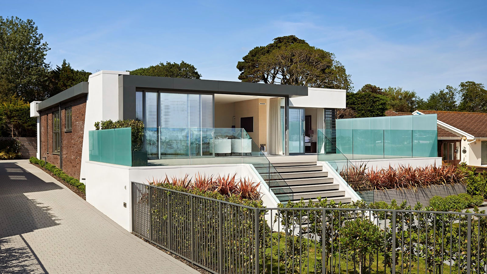 Sandbanks Residence by David James Architects-02