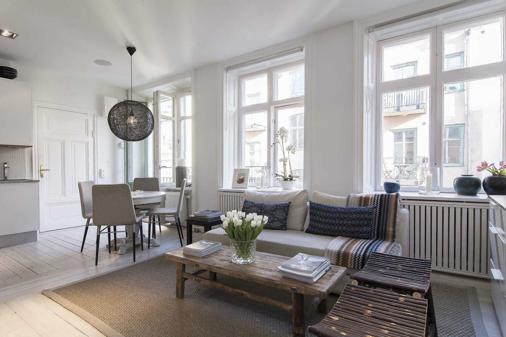 Small Stylish Loft in Stockholm-10