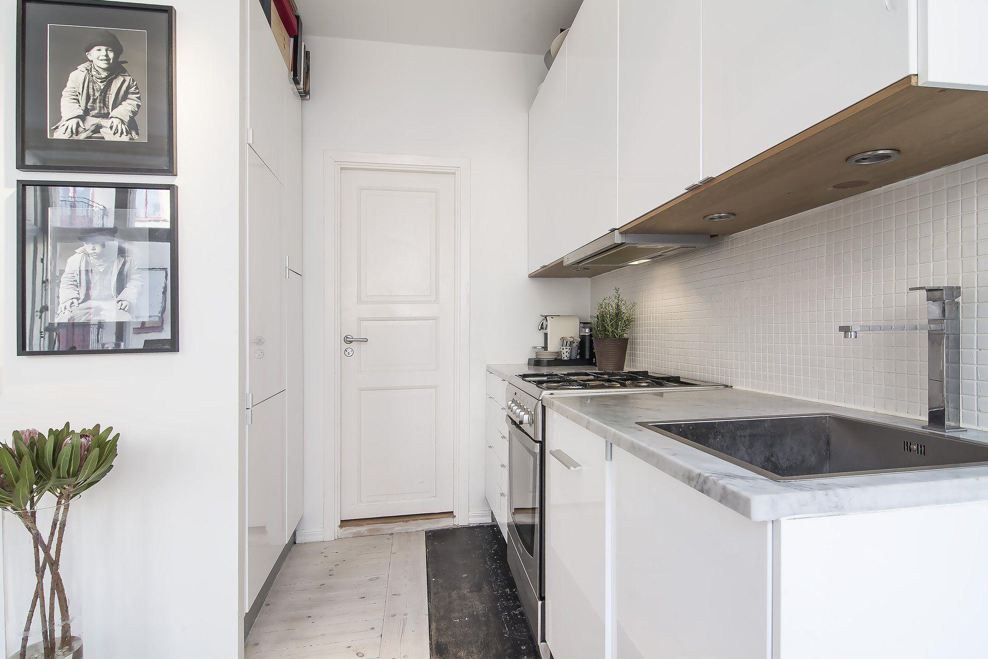 Small Stylish Loft in Stockholm-14