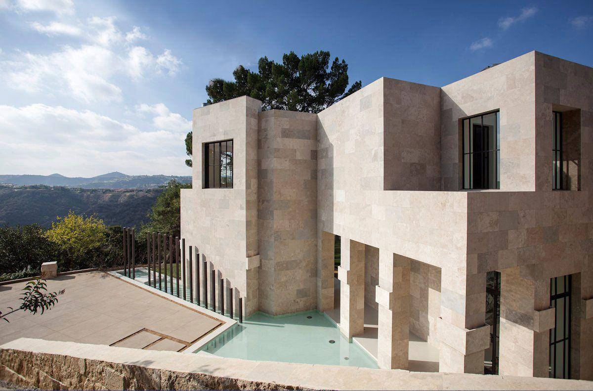 Stunning 2251 Linda Flora Luxury Residence in Bel Air-04