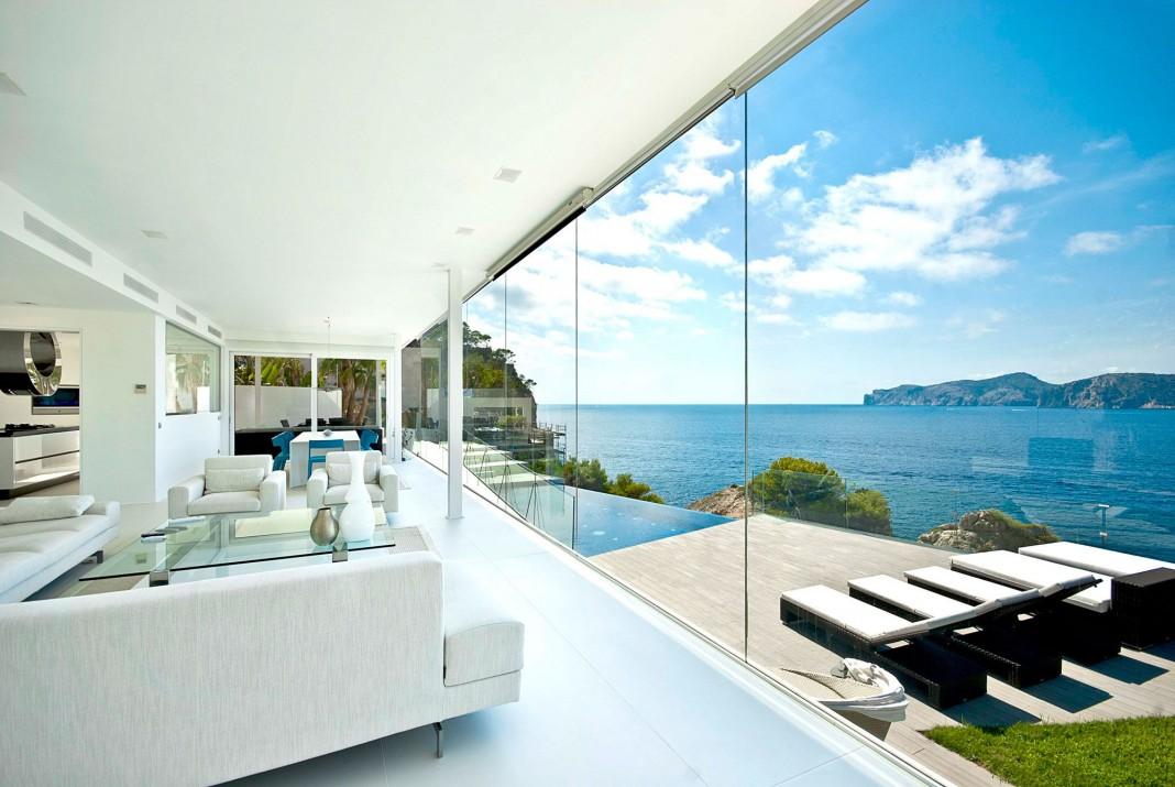Stunning Ultramodern Meditetranian Villa Gold in Mallorca