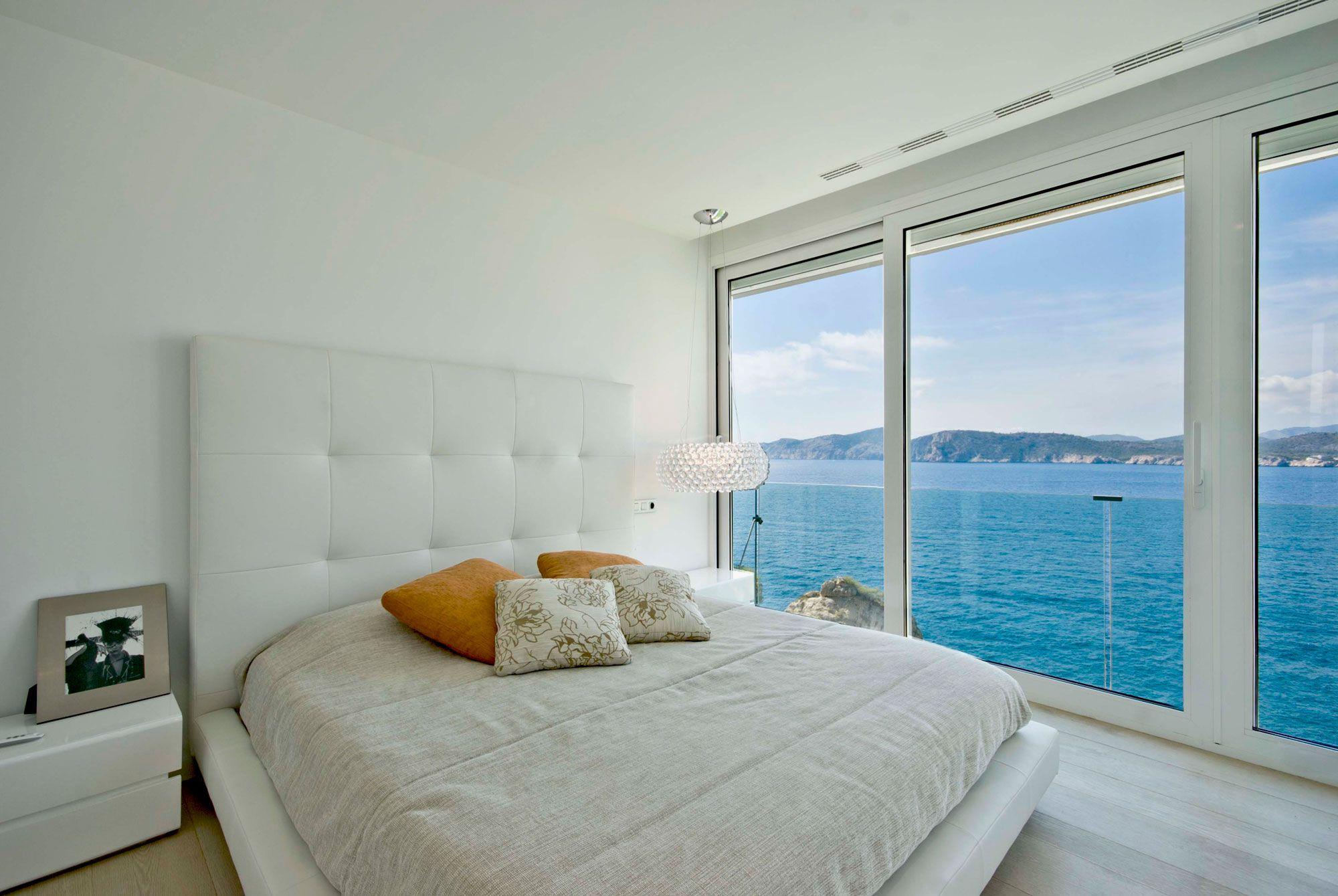 Stunning Ultramodern Meditetranian Villa Gold in Mallorca-17
