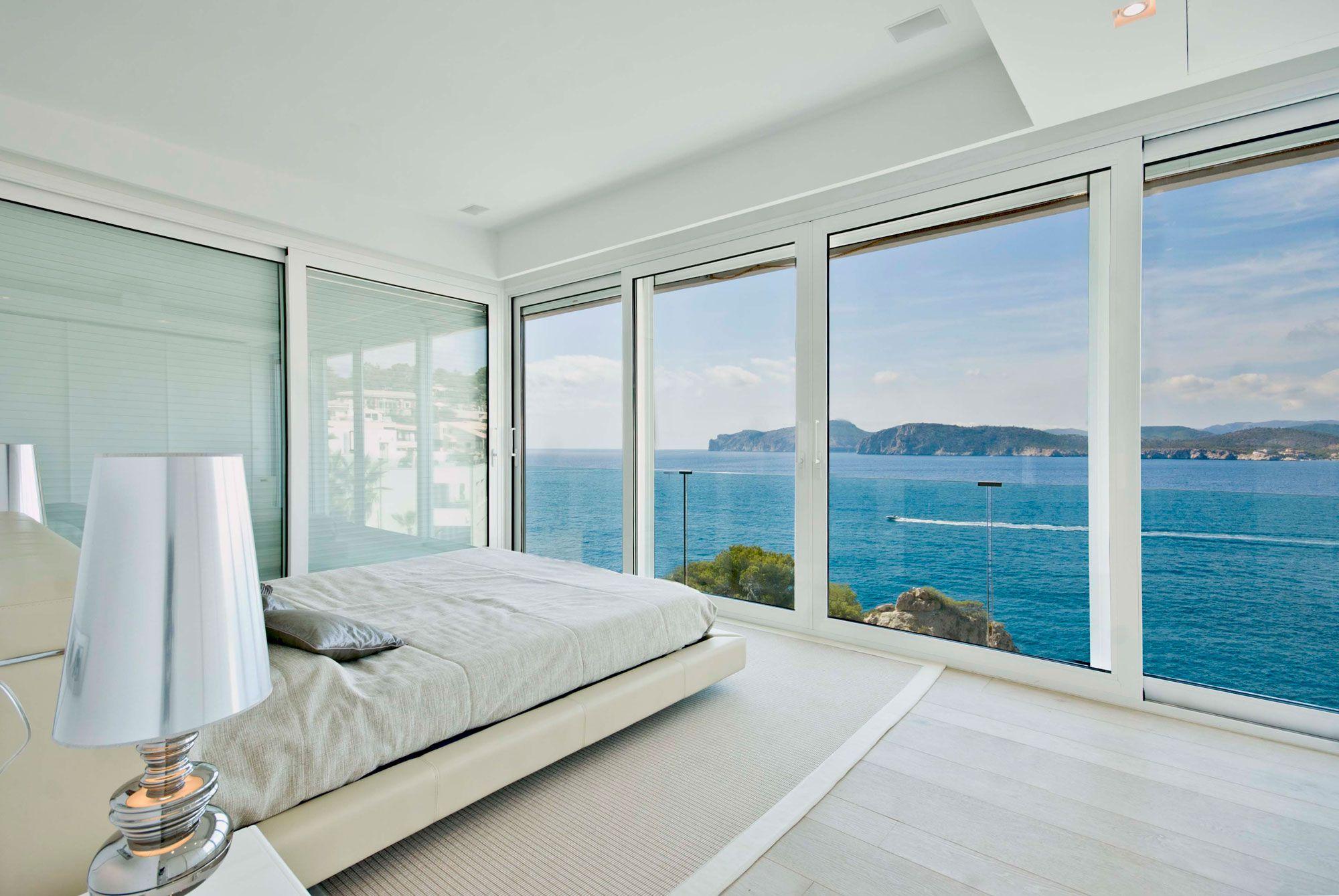 Stunning Ultramodern Meditetranian Villa Gold in Mallorca-18