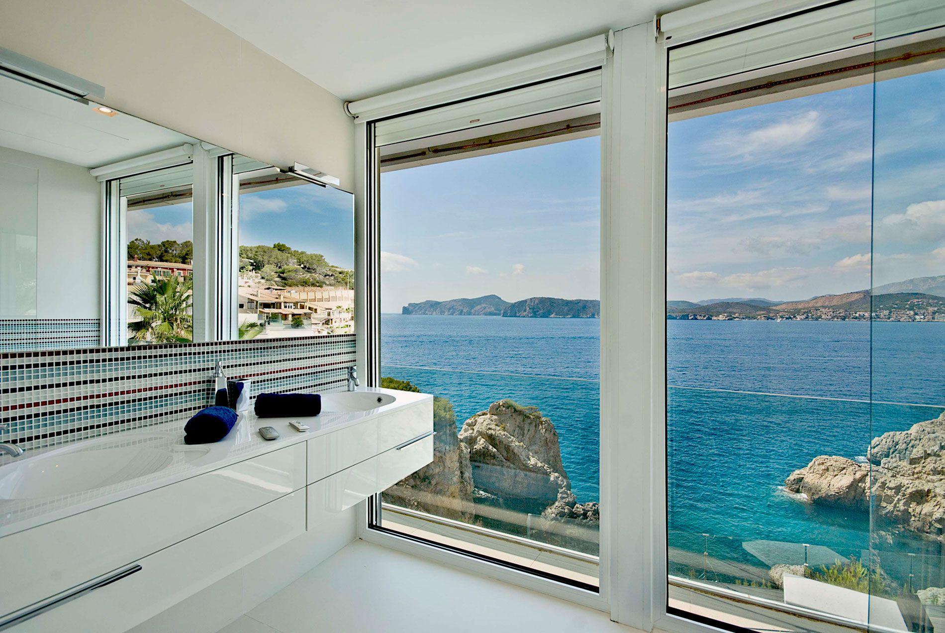Stunning Ultramodern Meditetranian Villa Gold in Mallorca-19