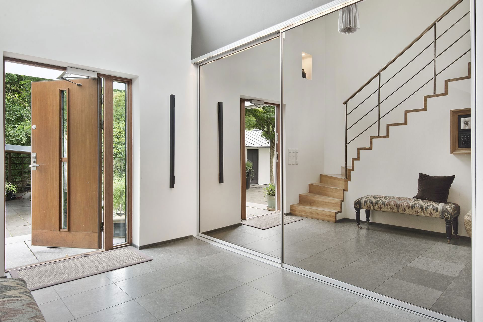Stylish Home in Särö Sweden-15