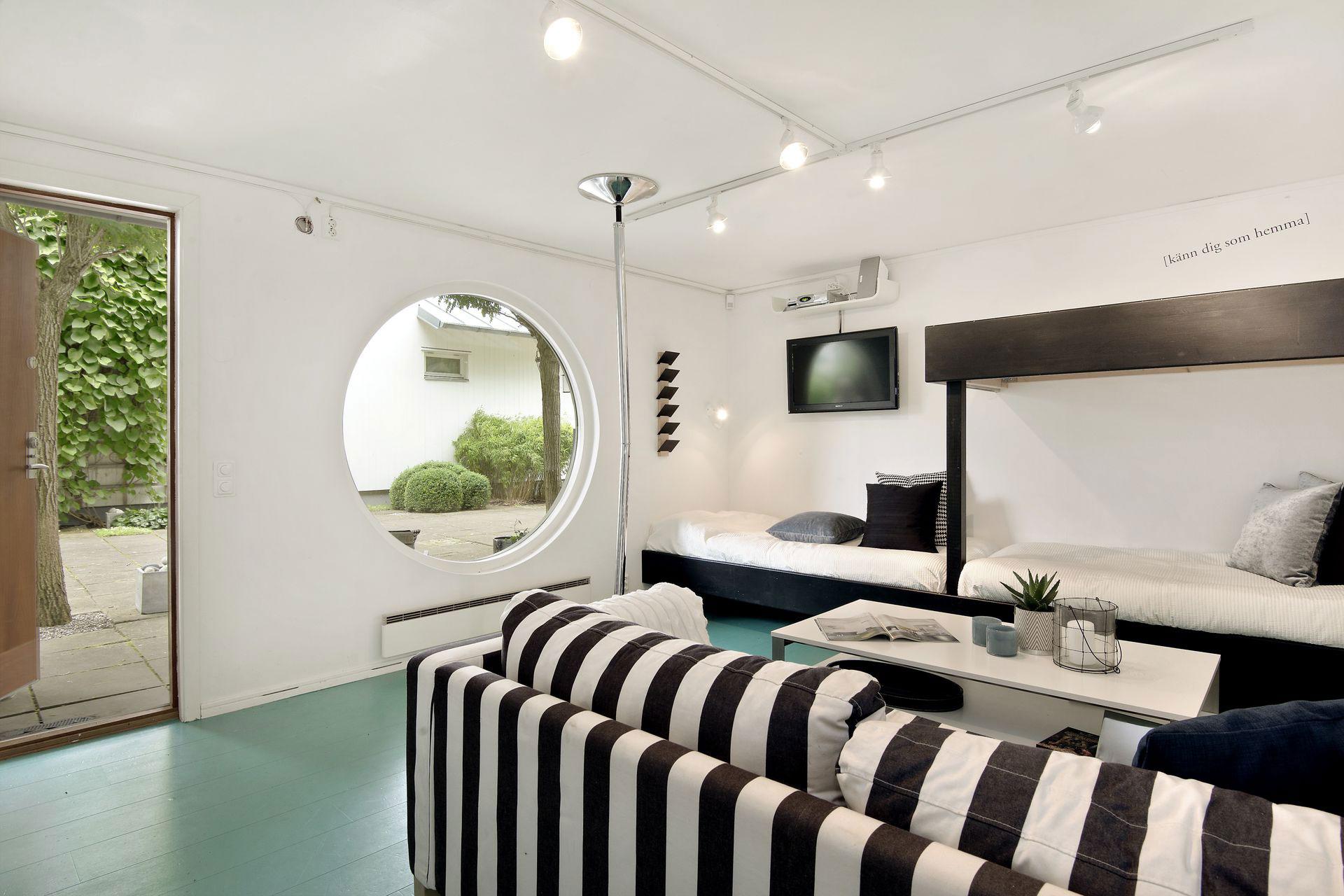 Stylish Home in Särö Sweden-38