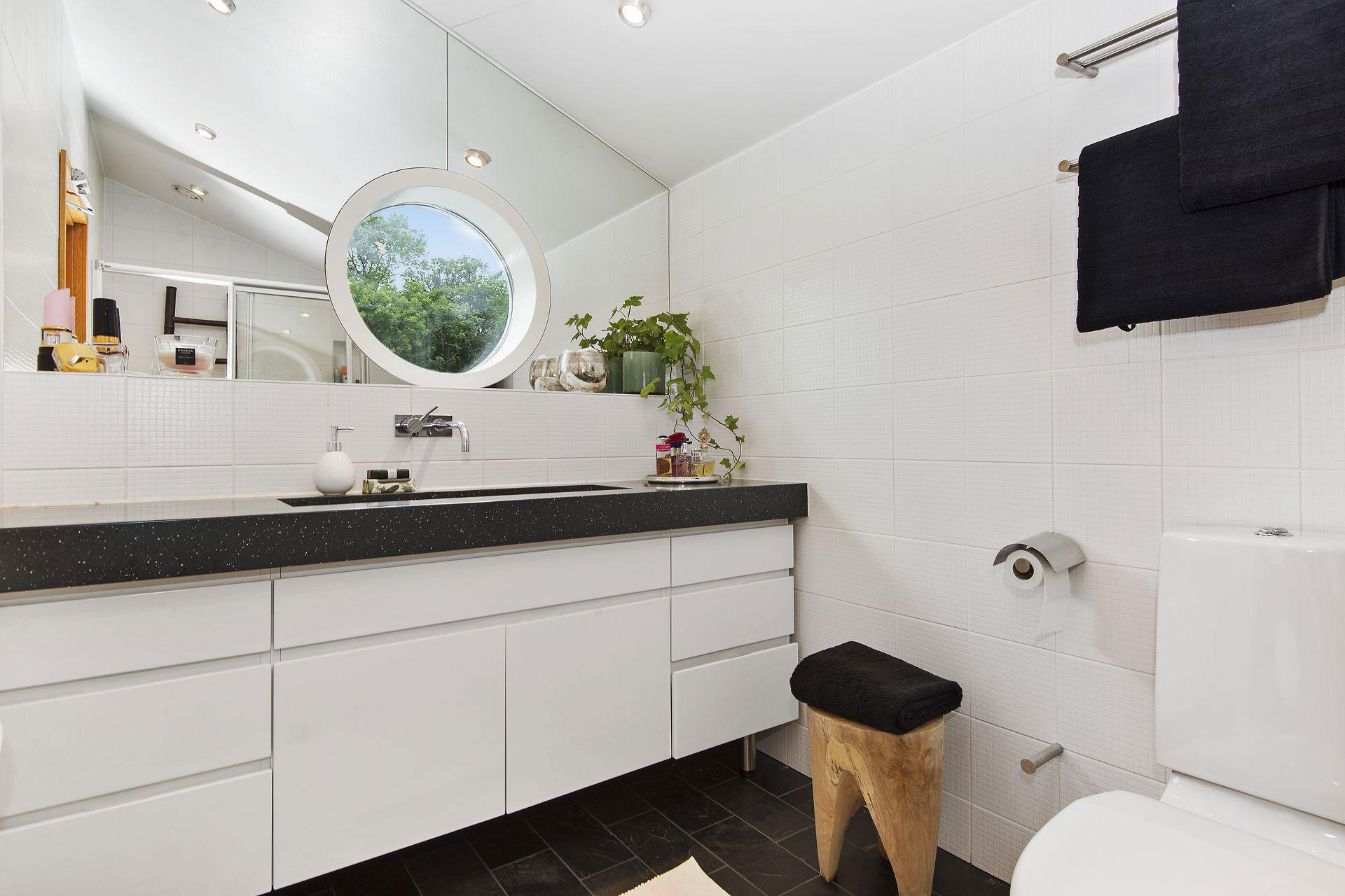 Stylish Home in Särö Sweden-46