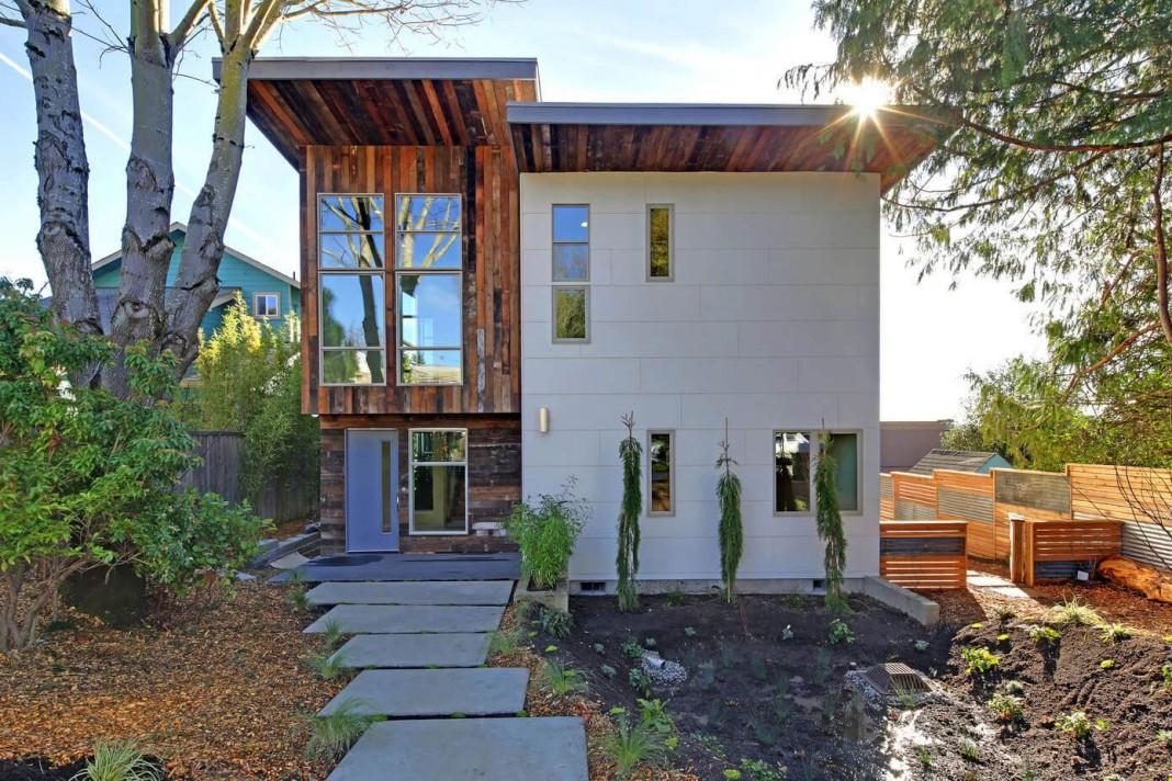 5-Star Green Home In Downtown Kirkland by Dwell Development