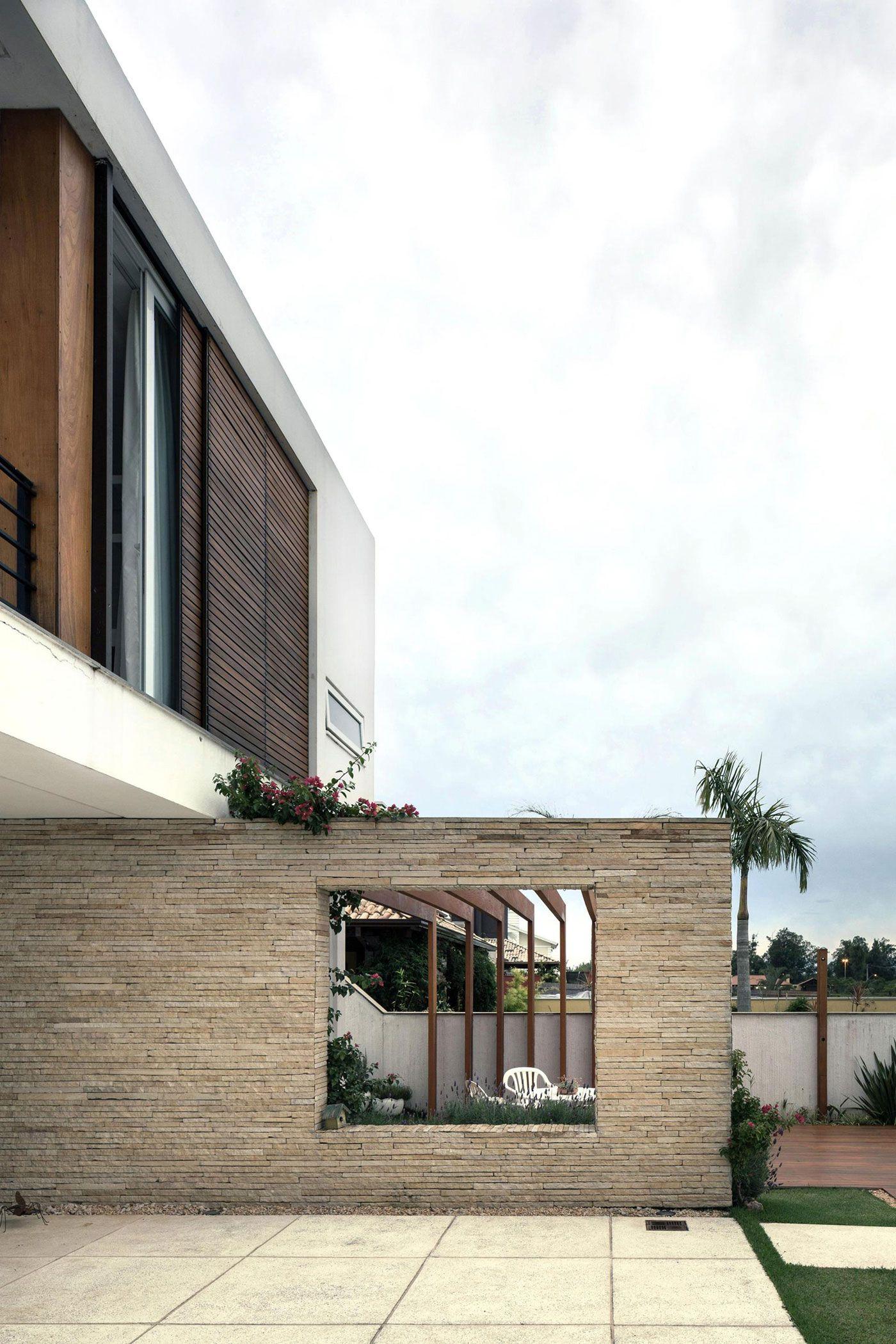Terraville House-02