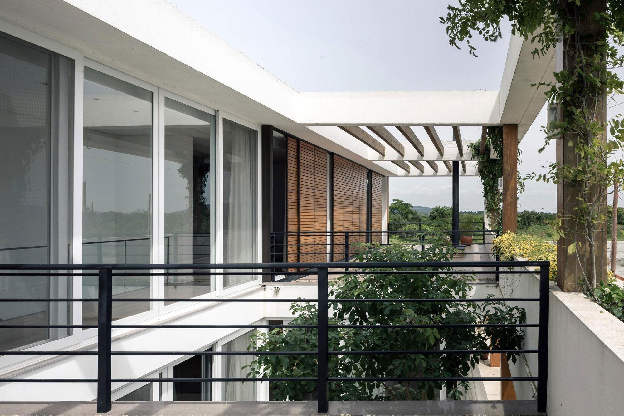 Terraville House-05