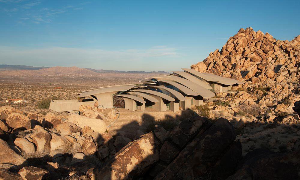 The-Desert-House-03