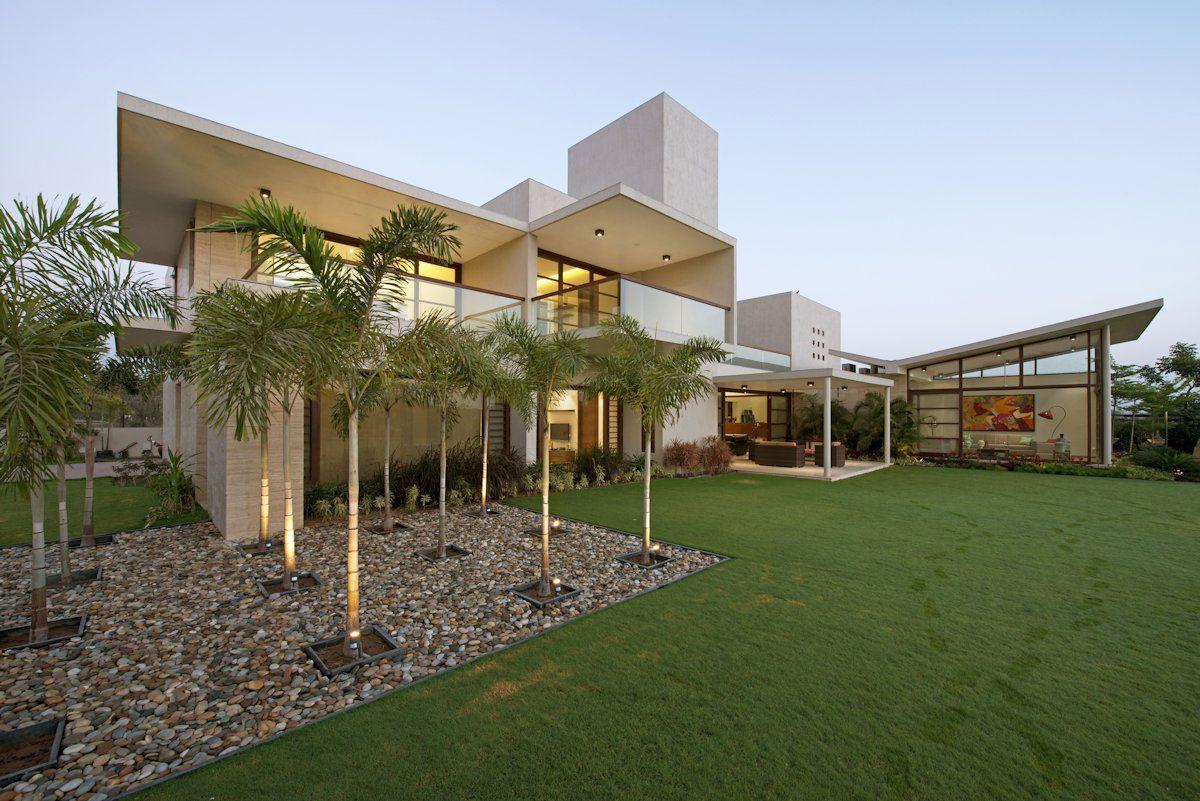 The-Urbane-House-01