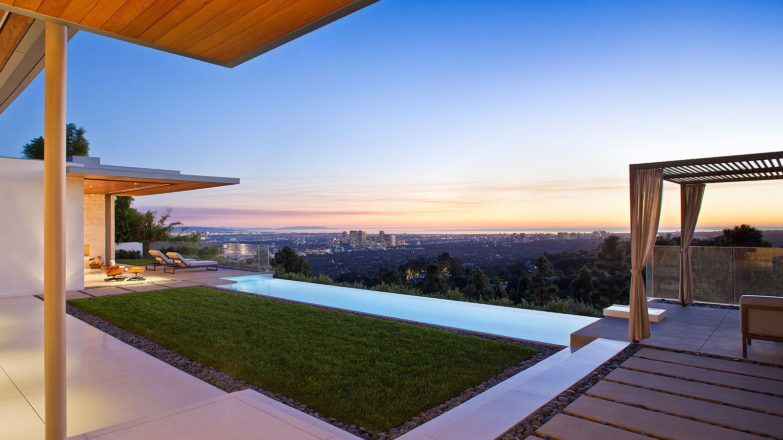 Trousdale-Residence-24