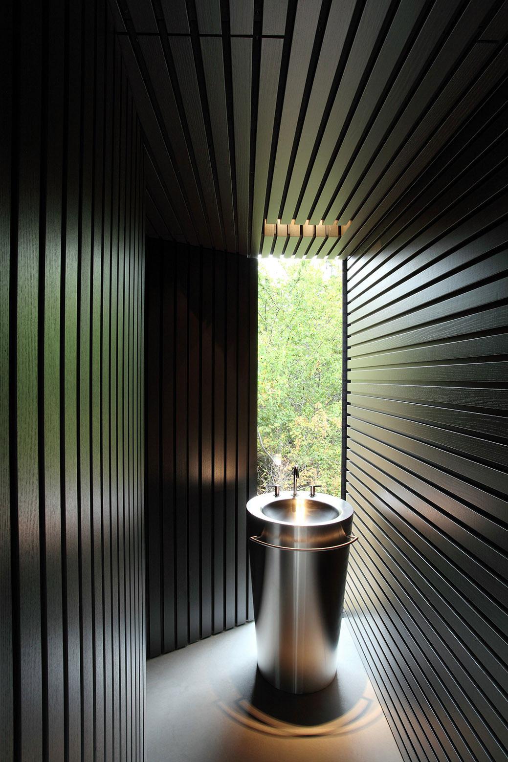 Tula House by Patkau Architects-28