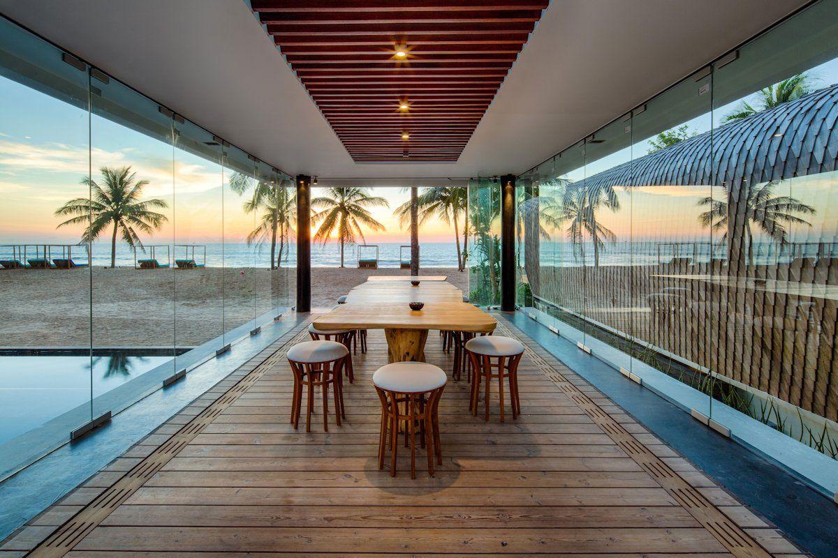 Ultramodern iniala luxury beach house 06