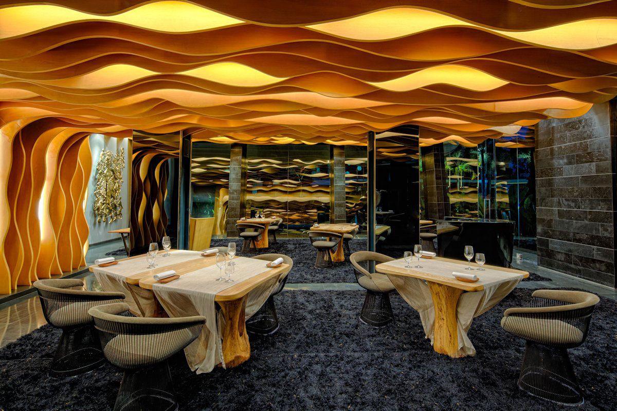 Ultramodern Iniala Luxury Beach House-07