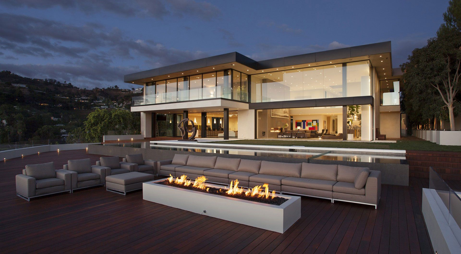 Ultramodern Sunset Strip Luxury Estate By Mcclean Design