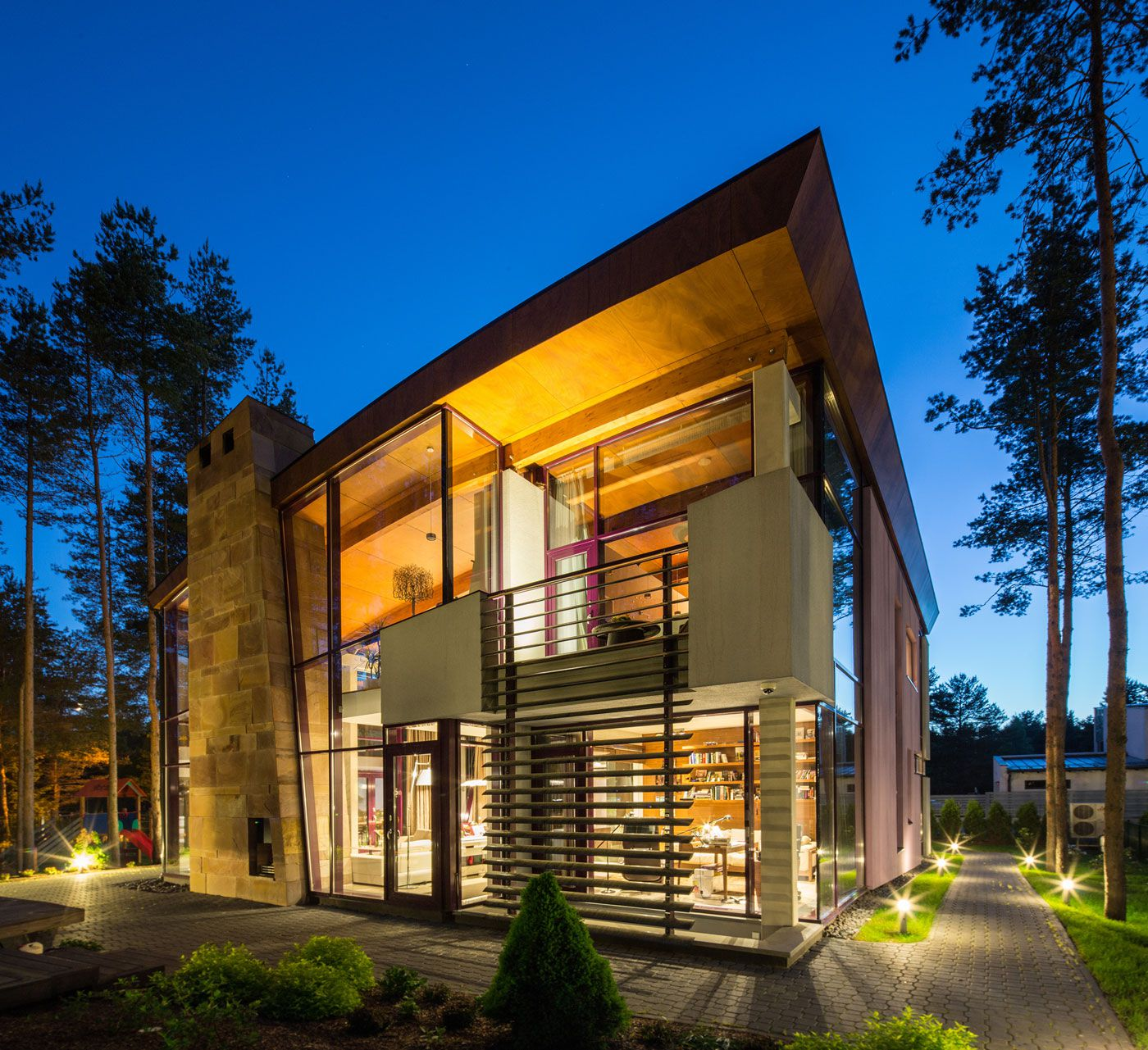 Ultramodern Villa Estebania Near the Forrest by Arch-D-17