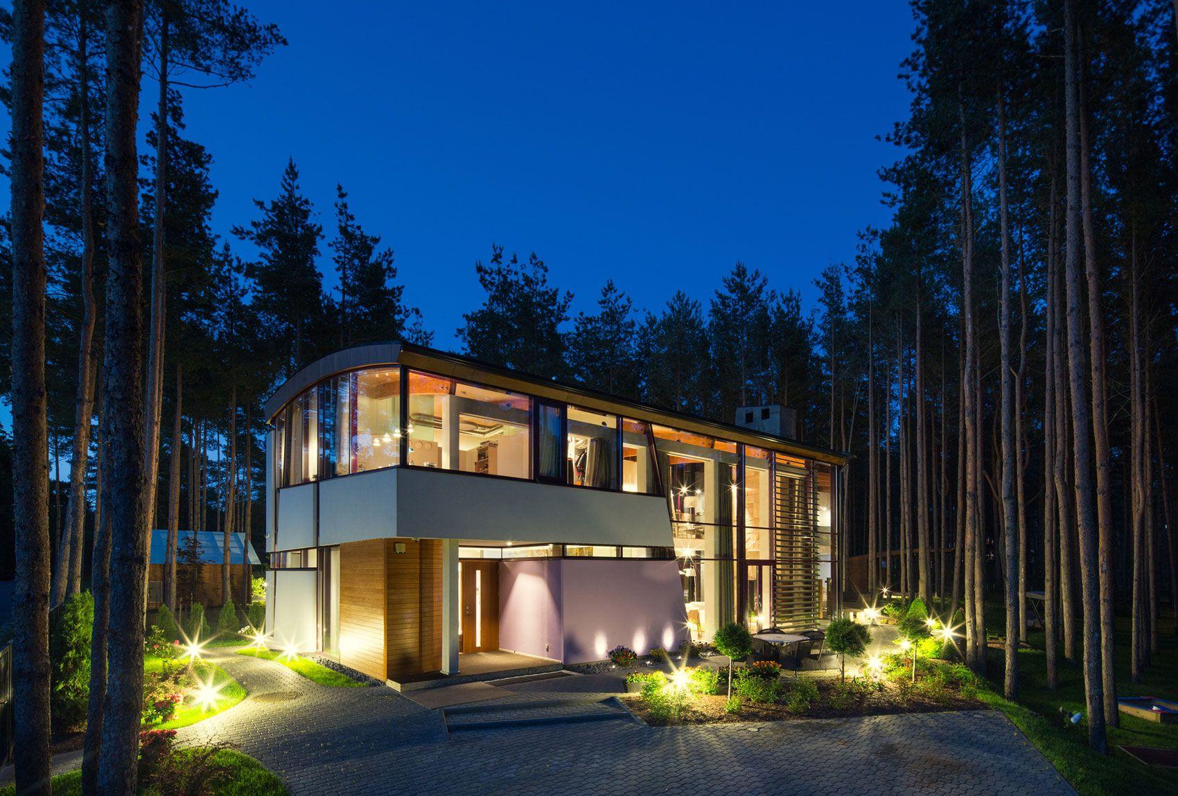 Ultramodern Villa Estebania Near the Forrest by Arch-D-19
