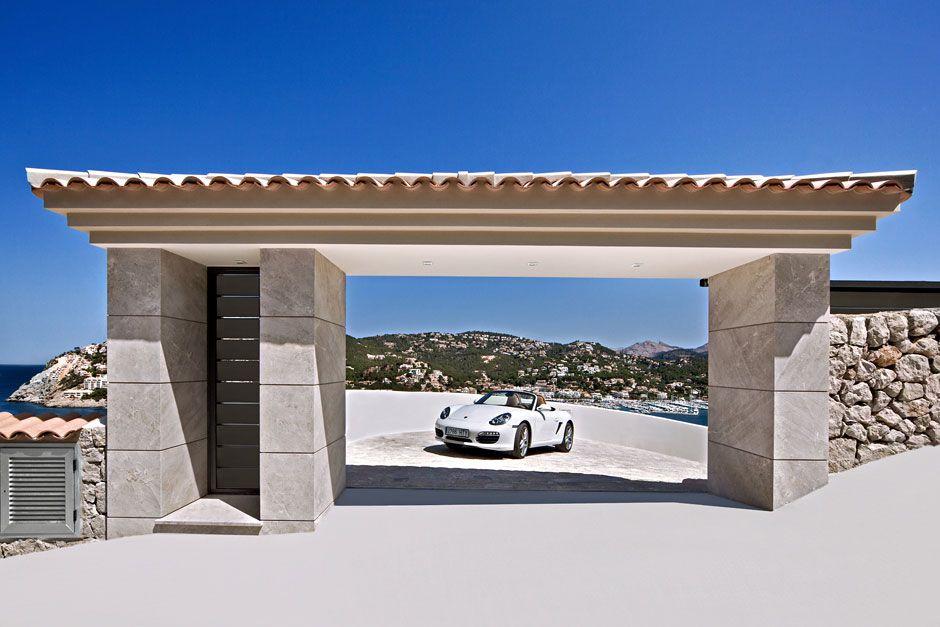 Unique-Luxury-Villa-in-Port-DAndratx-02