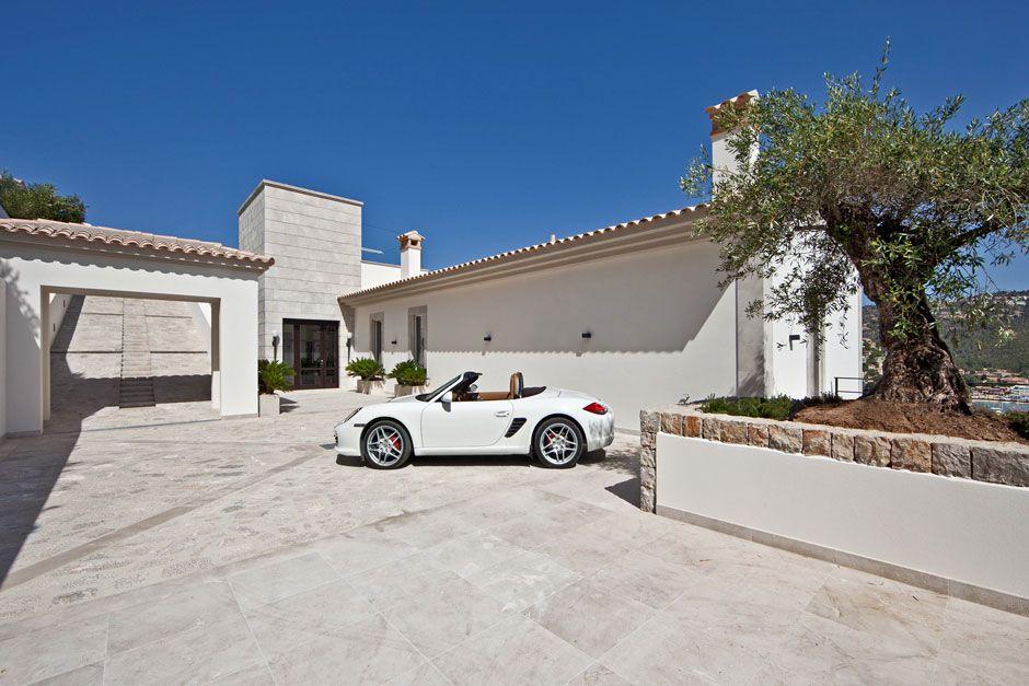 Unique-Luxury-Villa-in-Port-DAndratx-04