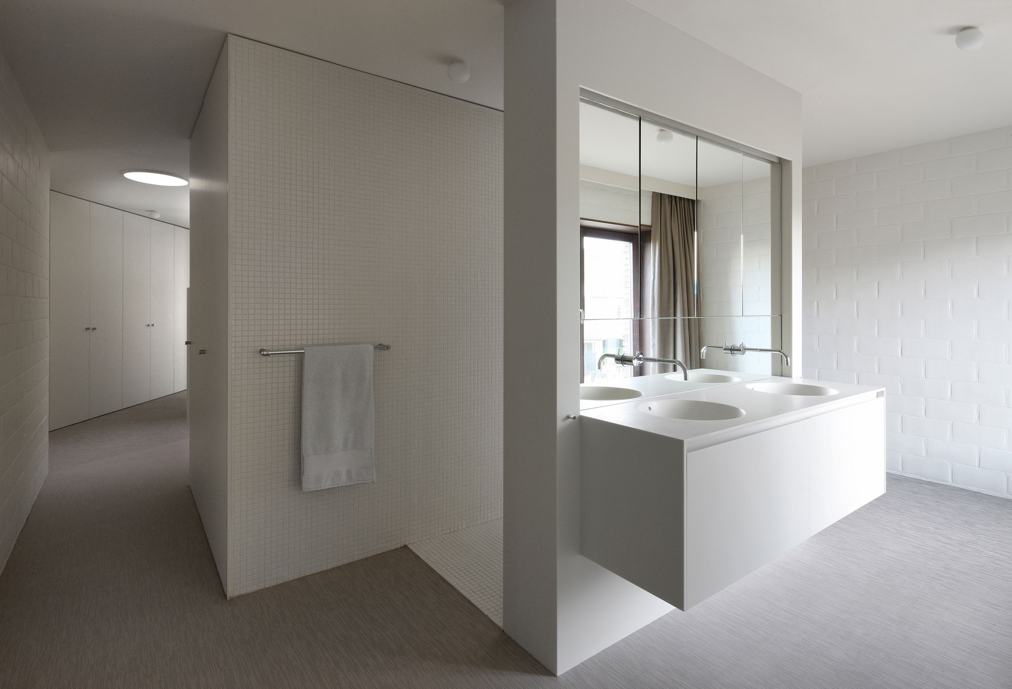 Villa Moerkensheide by Dieter De Vos Architecten-13