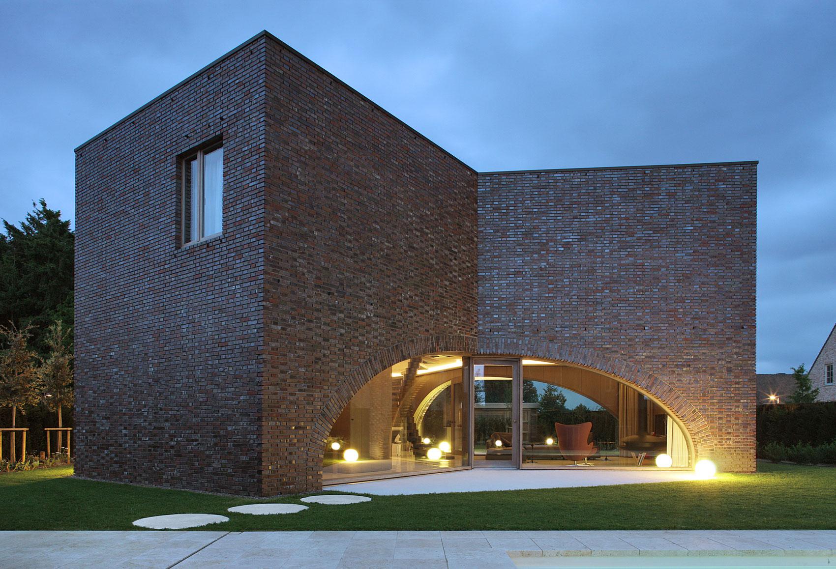 Villa Moerkensheide by Dieter De Vos Architecten-15