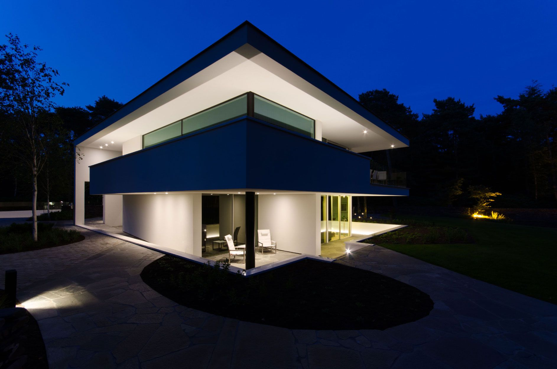 Ultramodern Noord Brabant House By Dpl Europe Caandesign