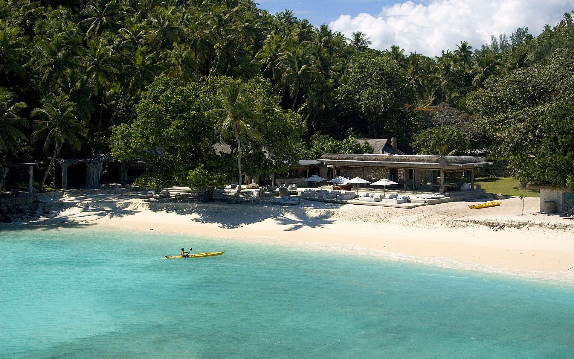 Villa North Island in Seychelles-14