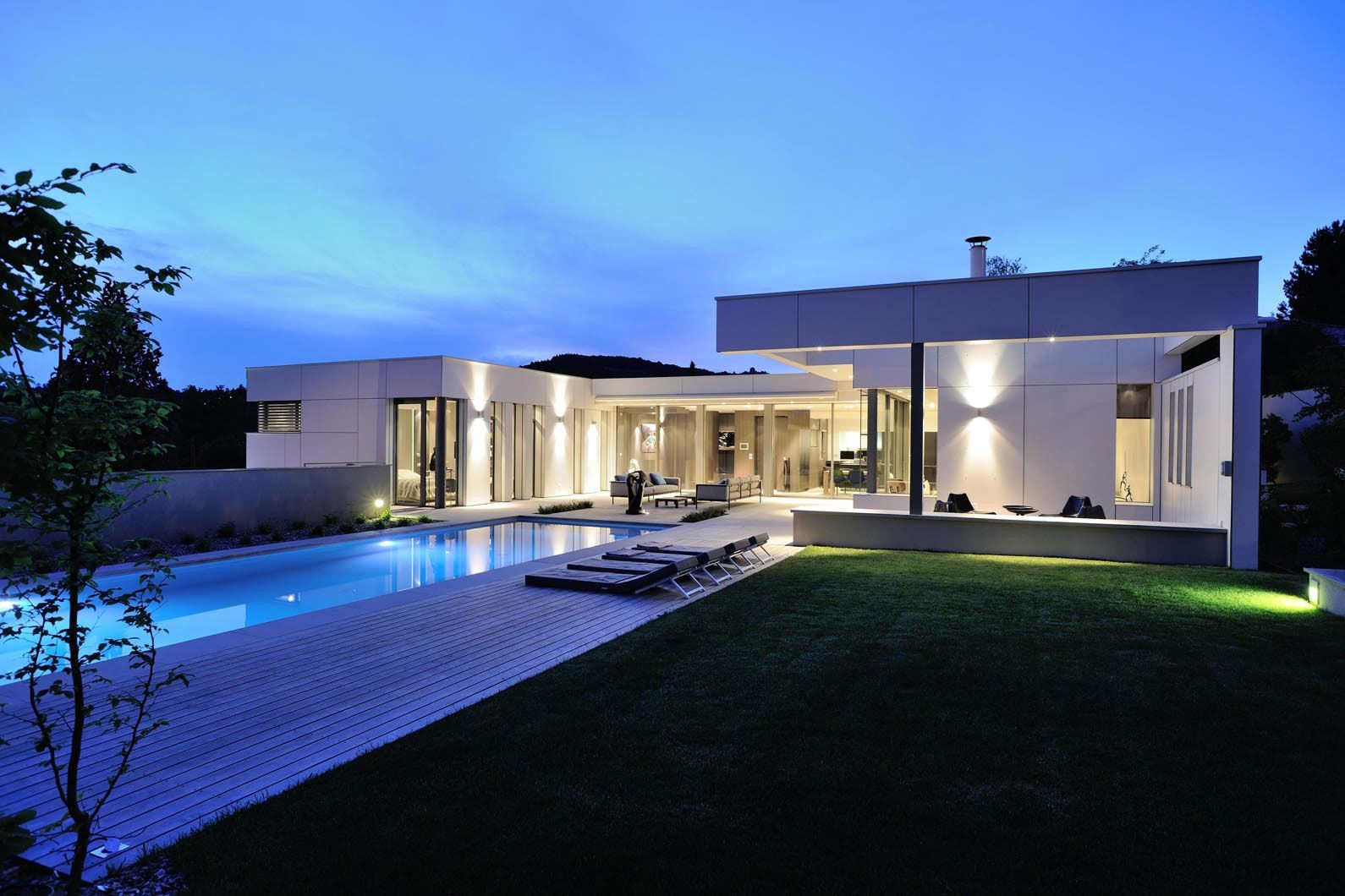 Villa Wa By Laurent Guillaud Lozanne Caandesign