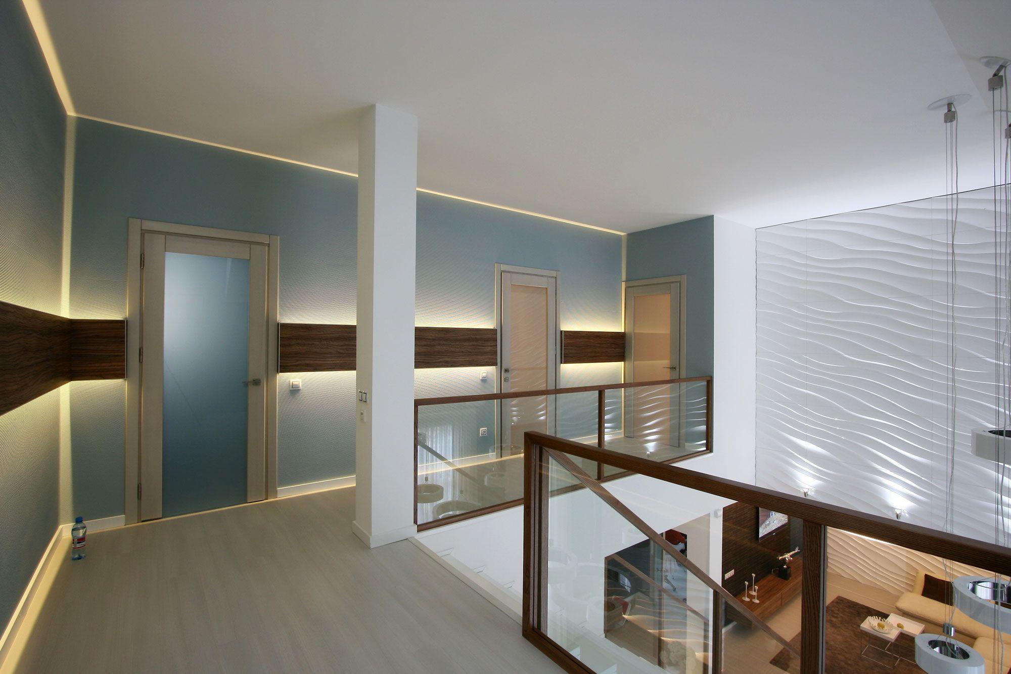 White SVOYA Studio-13