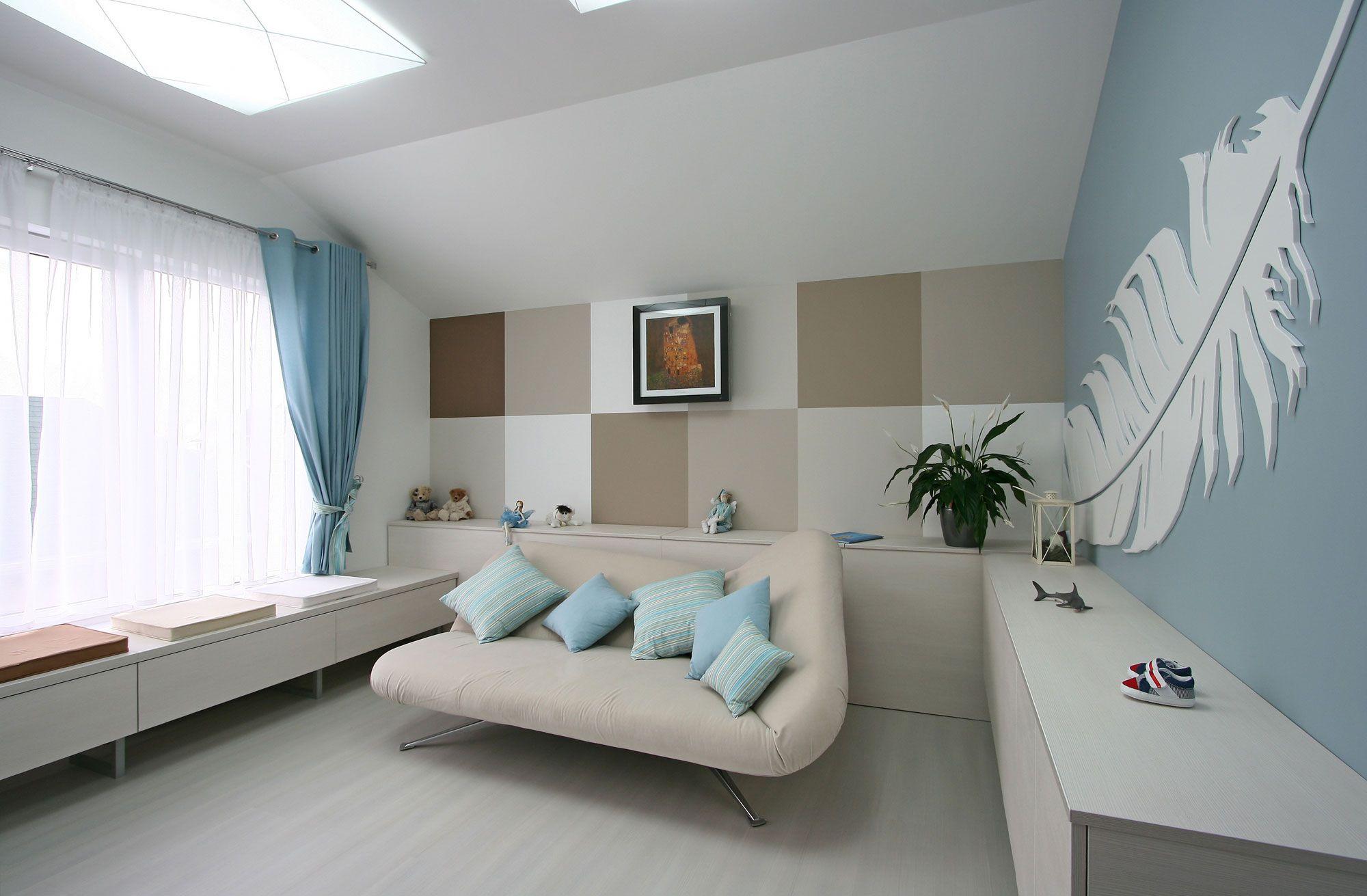 White SVOYA Studio-16