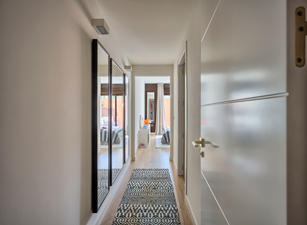 eclectic-residence-myramar-13